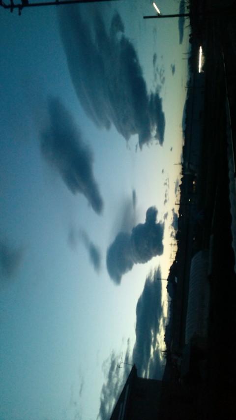 地震雲3.jpg